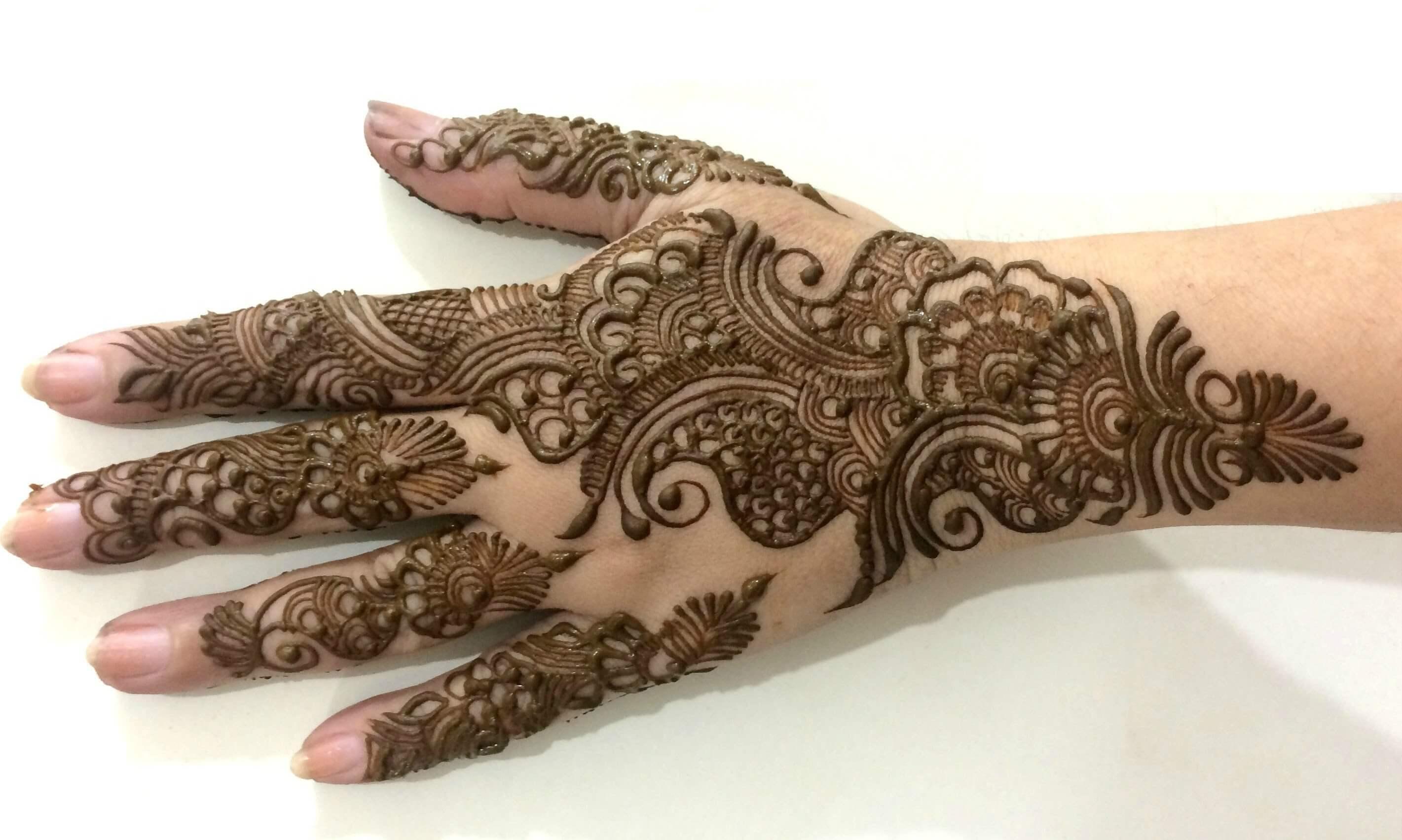 Traditional Arabic Mehndi designs