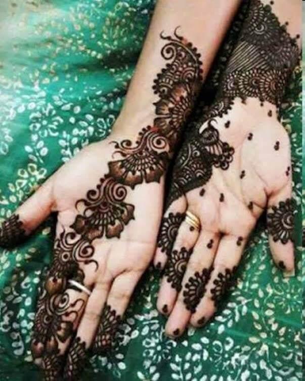 Attractive Arabic Mehndi Design