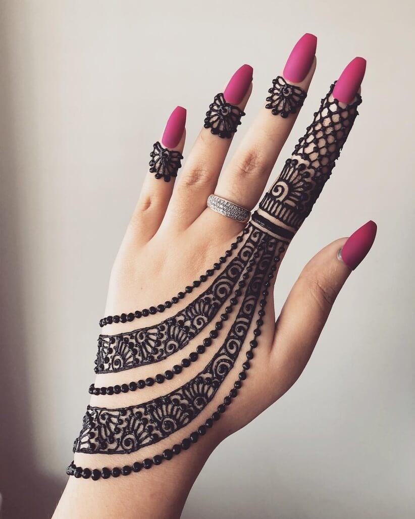 Indian bridal jewelry imitation Arabic Mehandi