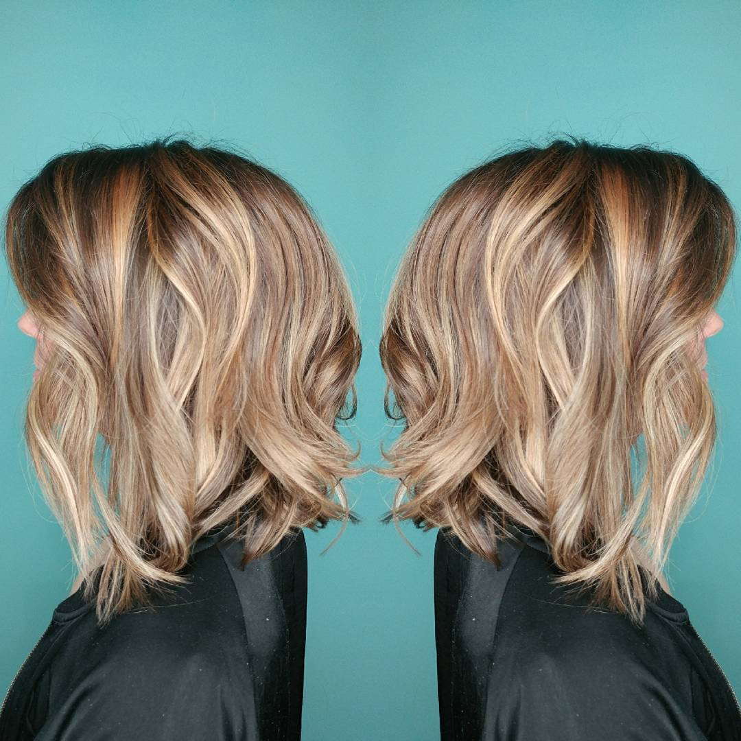 Lose curls with blonde graduated bob hair style 2021 women